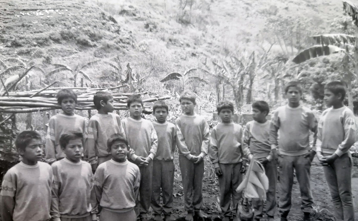 A black and white picture of children.